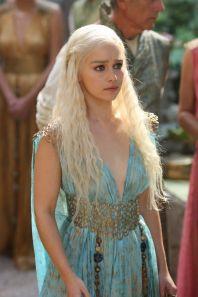 44a25d2caa172f29e3d1228b7c67a6d3--girl-crushes-mother-of-dragons